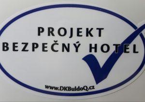 Bezpečný hotel_ projekt DK BuldoQ